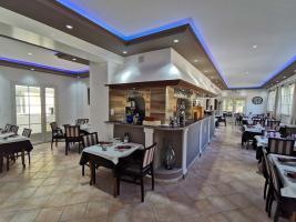 salle-restaurant-la-bastide-enchantee-2