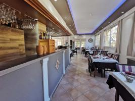 salle-restaurant-la-bastide-enchantee-3